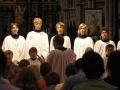 article-new-thumbnail-ehow-images-a04-rn-l2-follow-church-choir-etiquette-800x800